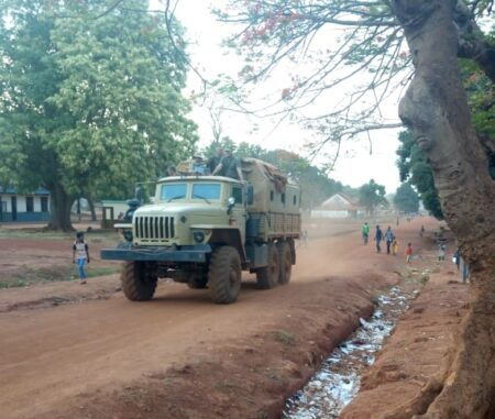vehicule-des-mercenaires-russes-a-bria-corbeaunews-centrafrique