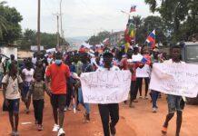 marche du soutien à la Russie le samedi 9 mai 2021 sur l'avenue des martyrs à Bangui
