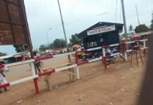 Poste de police du croisement Miskine Benzi. Photo CNC / Fortuné Boberang